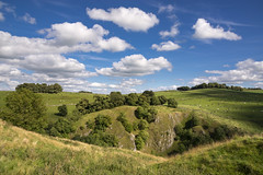 Fluffy floaty clouds of summer (Keartona) Tags: dovedale peakdistrict derbyshire england summer countryside hills dale fluffy floaty clouds sunny day lovely