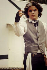 Sweeney Todd (pandakunphotos) Tags: amateur photographic cosplay cosplayer new canon t3 rebel people artistic photography photographer panda kun photos expo anime tamashii managua nicaragua ccnn centro cultural nicaragüense norteamericano sweeney todd
