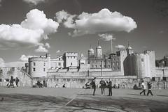 Tower of London (goodfella2459) Tags: nikon f65 adox silvermax 100 35mm black white film analog tower london history buildings bwfp milf