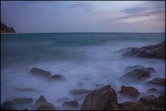 Movimiento (antoniocamero21) Tags: marina paisaje costa playa color foto sony llorell tossa girona catalunya