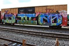 (o texano) Tags: bench graffiti texas houston trains d30 freights wholecar dirty30 benching