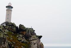 Vertigo (JL) Tags: lighthouse mountain faro stones yo vertigo montaa piedras