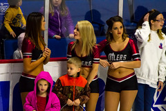 20151122_17371401-Edit.jpg (Les_Stockton) Tags: oklahoma ice hockey us allen unitedstates icehockey center babe bok americans tulsa cheerleader eis jkiekko oilers ledo hokey haca eishockey hoki hoquei icegirl tulsaoilers hokej hokejs bokcenter jgkorong shokk ritulys ledoritulys allenamericans hoci xokkey brittaniwalker
