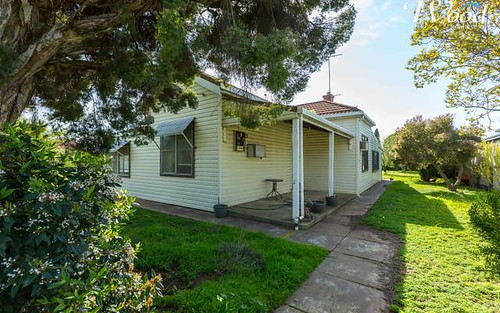 11 & 13 Second Avenue, Henty NSW