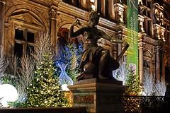 Paris - Hôtel de Ville - (Noir et Blanc 19) Tags: paris hôteldeville nightlights monuments nuits sony a77
