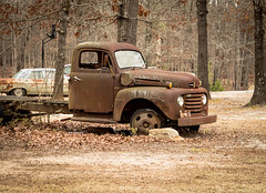 Old Ford truck - Anderson Co., S.C. (DT's Photo Site - Anderson S.C.) Tags: canon 6d 24105mml lens rural country roads andersonsc vanishing southern landscape rustic nostalgia ford vintage farm southernlife