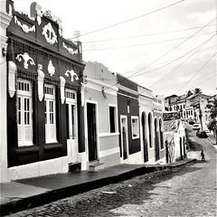 Streets of Olinda - Brazil (i-granini) Tags: olinda brazil streets ¨street streetphotography street photography travel travelphotography black white blackandwhite canon t2i rebel digital reise fotografie reisen brasilien