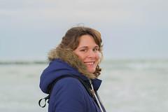 """#4 """"Di fronte al mare, la felicità è un'idea semplice"""" (Agathé (Sonia)) Tags: sea winter wintersea mare maredinverno rivieraromagnola ritratto portait annilucephotography nikon nikond3100 nikkorlens 50mm 50mm18g"""