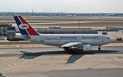 F-OHPS Airbus A.310-324 Yemenia 06-09-03 FRA (PlanecrazyUK) Tags: am fra 060903 eddf yemenia airport frankfurt airbusa310324 main fohps