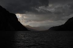 inguine leonardesco 220 - sera d'agosto sul lago di Lecco (Alberto Cameroni) Tags: leica lago tramonto agosto sera lagodicomo monikabulaj inguineleonardesco leicaxtyp113