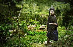 Mourning Dani Tribe woman, Baliem Valley of Irian Jaya, Indonesia