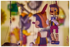 Tienda de juguetes en Girona (Por ESTEBAN ALEJANDRO) Tags: shop toys magic girona fantasy juguetes pinocho