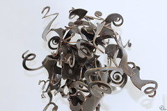 Lenteja sin estofar. (elojeador) Tags: retrato cara escultura museo cartagena hierro museonaval elojeador principioactivo