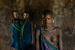 Suri Girls (John Rowe Photo) Tags: girls woman portraits omovalley ethiopia surma windowlight 2014 suri suritribe