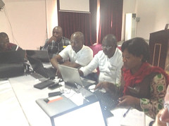 DRC cassava team in group discussion (IITA Image Library) Tags: planning nigeria meetings participants cassava abuja manihotesculenta sardscproject