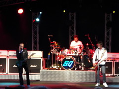 Status Quo [7] (Ian R. Simpson) Tags: statusquo quo band musicians legends rockonwindermere concert performers entertainers bownessonwindermere bowness cumbria lakedistrict england