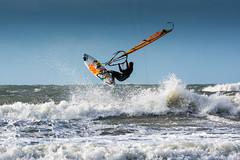 Coup de vent à Fort-Bloqué (gjack56) Tags: france guidelplage continentsetpays iptcsubjects iptcnewscodes morbihan plancheàvoile sport fortbloqué bretagne europe guidel mer 15000000 15071000 fr fra windsurfing