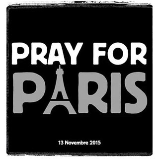 No Comment / Geen Commentaar / Pray for Paris