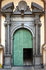 Krakov, Wawel (95) (ladabar) Tags: doorway portal kraków cracow cracovia krakau krakov dveře portál