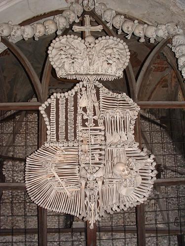 Kutná Hora, Csontház, címer