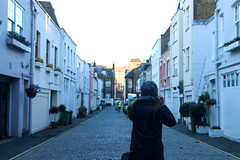 Mews (lilacandhoney) Tags: mews london londres light street streetscape day daytime moment memory hiver december décembre winter beauty france england angleterre moments city town capital life lights colors voyage