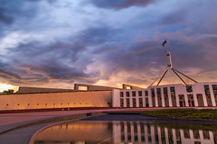 国会黄昏 (nzfisher) Tags: parliament parliamenthouse structure architecture flag australia australian capital canberra act sunset sundown twilight dusk clouds sky cloudy 24mm canon filter