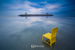 best seat in the island (davywg) Tags: bali sanur karang beach pantaikarang sunrise long exposure nisi filter canon 60d