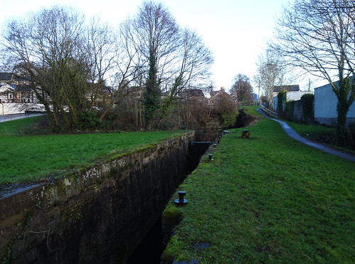 Monmouthshire-Brecon Canal, Forge Hammer, Woodside, Cwmbran 14 January 2017