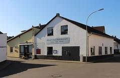 Dorf, Wetterau 2016 (Spiegelneuronen) Tags: wetterau dorf dörfer ortsbild architektur häuser