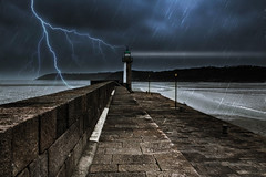 phare (Thaurin Geoffrey Photographie) Tags: port france bretagne photoshop canon