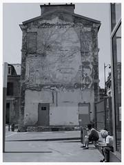 Child's face — Urban fragments (michelle@c) Tags: street art face wall architecture artist child demolition enfant visage necker incrustation parisxv bichrome hospitalforsickchildren vhils inlaying michellecourteau