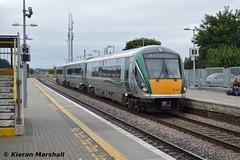 22004 arrives into Portlaoise, 7/9/15 (hurricanemk1c) Tags: irish train rail railway trains railways irishrail rok rotem portlaoise 2015 icr 22004 iarnród 22000 éireann iarnródéireann 3pce 1320portlaoiseheuston