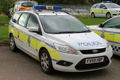 Lincolnshire Police Ford Focus Estate Dog Section Car (PFB-999) Tags: dog ford car wagon focus estate police headquarters lincolnshire lincoln vehicle leds van hq beacons section k9 workshops unit lightbar lincs constabulary rotators dashlight fx59hbp
