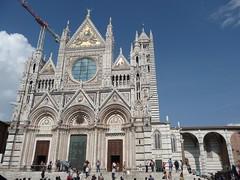Santa Maria Assunta (1elf12) Tags: italien italy church cathedral dom kathedrale kirche tuscany siena duomo toskana marmor portale santamariaassunta