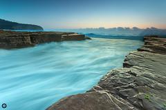 Morning Blue Wave (kelvinshutter) Tags: sunrise canon rocks australia 6d turimetta