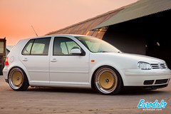 "MK4 & Polo 6N2 • <a style=""font-size:0.8em;"" href=""http://www.flickr.com/photos/54523206@N03/22705782183/"" target=""_blank"">View on Flickr</a>"