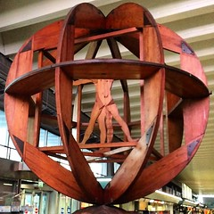 A Leonardo creation at the airport in Rome :-) #upsticksandgo #leonardodivinci #roma #rome #flumicinoairport #michfrost #travel #airports #art #instaitalia #instatravel #italy #italia #instagood (UpSticksNGo) Tags: travel italy rome roma art italia airports leonardodivinci instagood instaitalia instatravel upsticksandgo michfrost flumicinoairport
