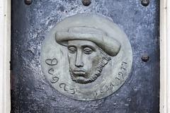 Tomba di Edgar Degas (/claudiolanzi1982) Tags: montmartre degas tomba artista cimitero pittore bronzo bassorilievo edgardegas