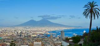 🏡 Napoli VS Vesuvio 🌋