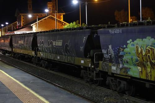VHAF 400 B
