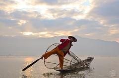 Balance (jennifer.stahn) Tags: travel lake see fisherman nikon asia jennifer burma lac fisher myanmar inle birma reise stahn d7000