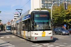 2015-09-21, Antwerpen, F. Rooseveltplaats (Fototak) Tags: belgium siemens tram antwerpen strassenbahn bombardier delijn 7265 hermelijn ligne10