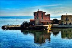 2015-12-08_11-25-52 (spire83) Tags: sea 35mm nikon mare sicily riflessi sicilia nikon35mm porticello casaalmare nikond3300 nikon35mmf18 giornatasolare spire83