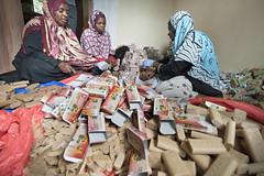 Tanzania_Pemba_Soap_factory_17 (noradno) Tags: tanzania arbeid pemba kvinner fabrikk