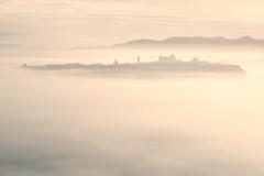 Orvieto (AIIex) Tags: morning fog sunrise landscape nikon alba foggy nebbia paesaggio d90 nikond90 nikon90 tamron70300vcusd