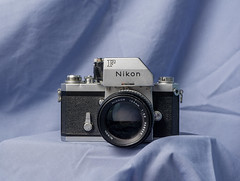 CCR - Review 28 - Nikon F Photomic FTn (.:Axle:.) Tags: camera slr 35mm nikon sony review gear professional f porn nikonf ccr cameraporn strobist nikonfphotomicftn elinchromskyports a6000 sonya6000 classiccamerarevival sonyepz1650mm13556