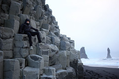 Reynisfjara (fordc63) Tags: iceland travel basalt lava column columns cliff mountain beach sea ocean blacksand sand seastacks