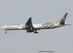 Air France (SkyTeam). Boeing 777-328(ER). (Jacques PANAS) Tags: air france skyteam boeing 777328er fgznt msn387051385