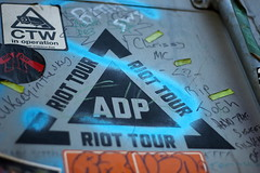 Logo (6079 Jones, P) Tags: logo jimmycauty aftermath dislocation principle shipping container bedfordshire bedford panacea museum gardenofeden adp art models dystopia riot canon eos 1200d img5659 yongnuo50mmf18 nifty fifty graffiti