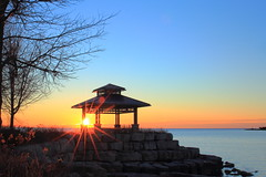 The 1st sunlight of 2017 over lake Ontario (Daniel Q Huang) Tags: sunrise dawn lake waterscape landscape sky cloud colorful outdoor morning ontario